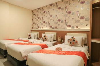 Tab Hotel Surabaya - Family Triple Room Only Regular Plan