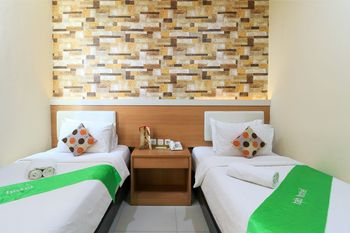 Tab Hotel Surabaya - Superior Twin Room Room Only Regular Plan