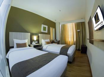 de Laxston Hotel  Yogyakarta - Superior Twin Room Regular Plan