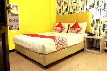 OYO 119 Belvena Hotel Jakarta - Deluxe Double Room Only Last