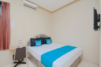 Airy Eco Syariah Wonokromo Bratang Gede 105 Surabaya - Superior Double Room Only Special Promo July 28