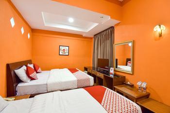 OYO 369 hotel sekar ayu Yogyakarta - Suite Family Room Regular Plan