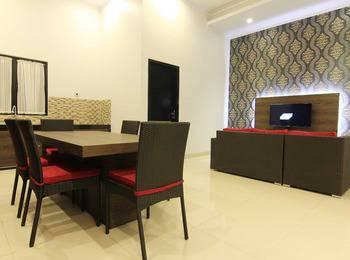 The Baliview Luxury Hotel & Resto Pekanbaru - Junior Suite Villa Only (Three Bed Room) Regular Plan