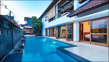 Medewi Surf Villa Bali - Villa Deluxe Twin Regular Plan