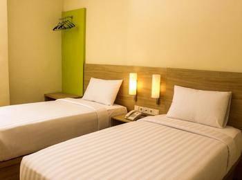 D'Inn Rungkut Juanda Surabaya - Superior Twin Bed Room Only Regular Plan