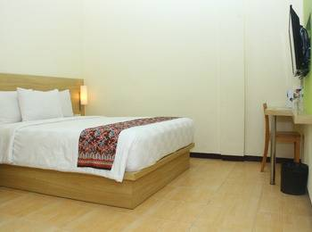 D'Inn Rungkut Juanda Surabaya - Superior Double Bed Room Only HOT DEAL