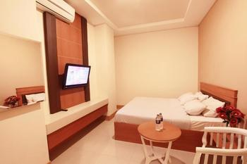 Plaza Hotel Tegal - Standard Room Only Regular Plan