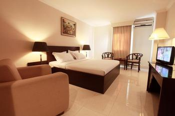 Plaza Hotel Tegal - Deluxe  Basic Deal