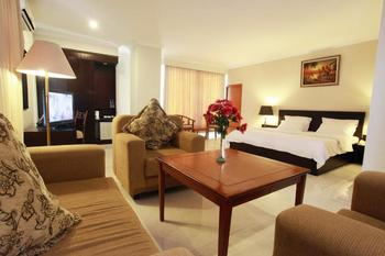 Plaza Hotel Tegal - Junior Suite Basic Deal