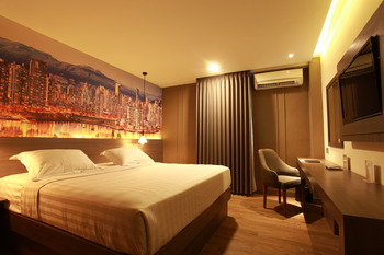 Plaza Hotel Tegal - Superior  Basic Deal