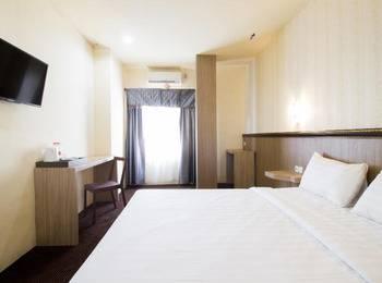 Best Skip Hotel Palembang - Standard Room WIDIH - Pegipegi Promotion