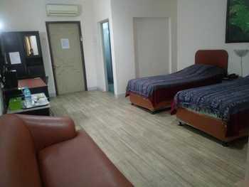 Hotel Griya Permai Jakarta - Deluxe Twin Room Breakfast Regular Plan