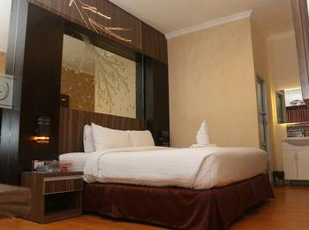 City Hotel Lubuklinggau - City Deluxe Room Regular Plan