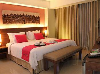 Sahid Mutiara Karawaci Tangerang - Junior Suite Hollywood Style Regular Plan