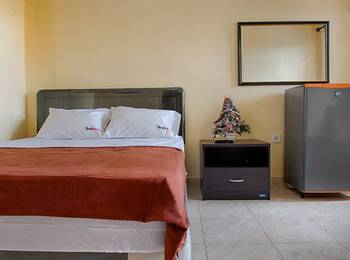 RedDoorz @Legian Kelod Bali - RedDoorz Room Special Promo Gajian