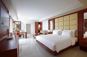 Hotel Santika Makassar - Deluxe Room Twin Staycation Offer Regular Plan