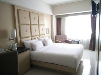 Hotel Santika Makassar - Superior Room King Regular Plan