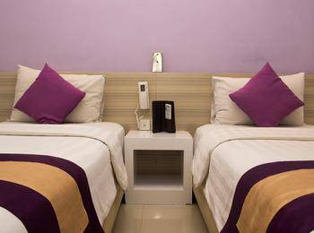 Salis Hotel  Setiabudi - Deluxe Twin Room Only Regular Plan
