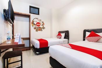 OYO 491 Uno Hotel Surabaya - Standard Twin Room Regular Plan