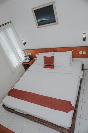 Cempaka Guest House Borobudur Magelang - Superior Double  Gateaway