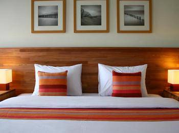 Billiton Hotel Belitung - Deluxe Double Best Deal