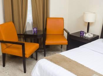 Tinggal Standard Penjaringan Bandengan Selatan Jakarta - Superior Room April Last Minute Discount - 45%