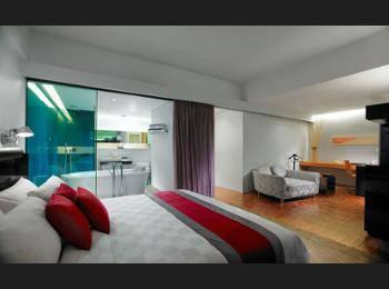 Hotel Maya Kuala Lumpur - Junior Suite, 1 King Bed Hemat 25%