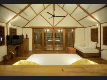 Kokomo Resort Gili Gede Lombok - Beachfront Villa Kecil Regular Plan