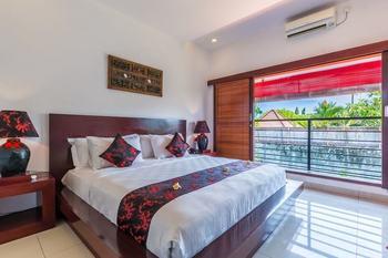 Kamar Kamar Rumah Tamu - Boutique Hotel Bali - Junior Suite Pool View Regular Plan