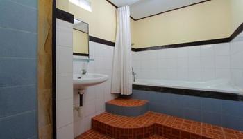 Hotel Jati Sanur Bali - Standard Room, 1 Double or 2 Twin Beds Hemat 30%