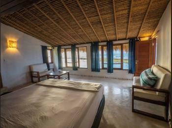 Rock 'n Reef Hotel Bali - Deluxe Bungalow, 1 King Bed, Ocean View, Beachfront Regular Plan