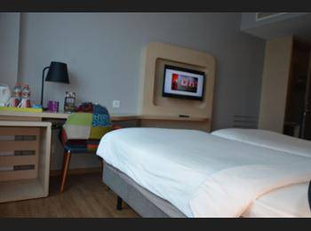 ibis Styles Jakarta Airport - Superior Room Regular Plan