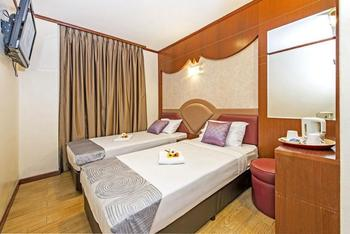 Hotel 81 Palace - Twin Room, 2 Twin Beds Regular Plan