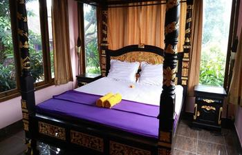Rona Accommodation Bali - Deluxe Double Bed Room Regular Plan