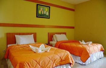 Alun Alun Gumati Resort Bogor - Standard Twin Bed No View Hot Deal