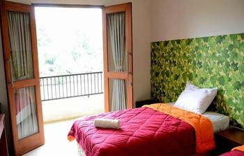 Alun Alun Gumati Resort Bogor - Superior Balcony Room Only Regular Plan