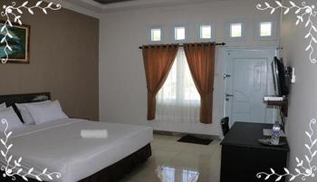 Comfort Inn Timor Tengah Utara - Superior Room Regular Plan