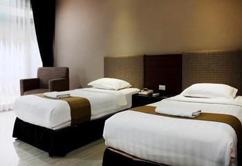 New Grand Park Surabaya - Deluxe Room Regular Plan