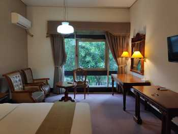 New Grand Park Surabaya - Superior Room Only Regular Plan