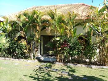Pandawa Beach Homestay Nusa Dua - Deluxe Family Room Regular Plan