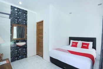 OYO 426 Hotel Gading Resto Near RSUD Kota Yogyakarta Yogyakarta - Deluxe Double Room Regular Plan