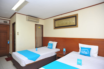 Airy Denpasar Utara HOS Cokroaminoto 63 Bali - Economy Transit 6 jam Twin Room Only Special Promo 33