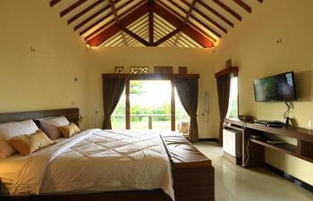Artati Lombok - Standard Garden View Regular Plan