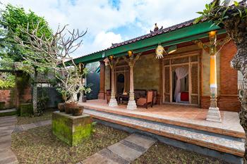 Umasari Rice Terrace Villa Bali - Balinese House Basic Deal