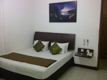 Cozy Hotel Samarinda - Deluxe King Bed - Room Only  Regular Plan