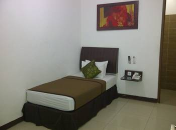 Cozy Hotel Samarinda - Superior Single  Room Only  Regular Plan
