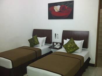 Cozy Hotel Samarinda - Deluxe Twin Bed - Room Only  Regular Plan