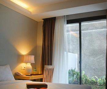Edelweiss Boutique Kuta Bali - Kamar Deluxe 10% Off Min 3 Nights Stay