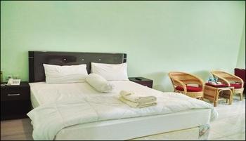 Graha Badnur Hotel Syari'ah Pekanbaru - Standard Double Room Regular Plan