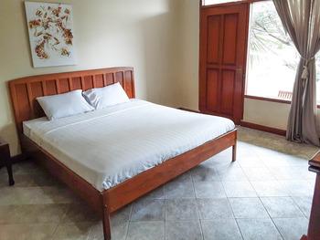 Athalia Resort Puncak - Superior Sumbodro Best Offer!